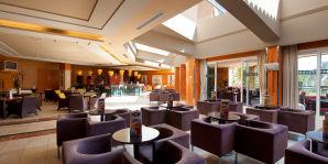 Bar - Lobby