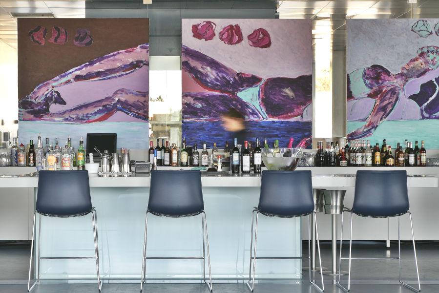 Ipsylon Bar