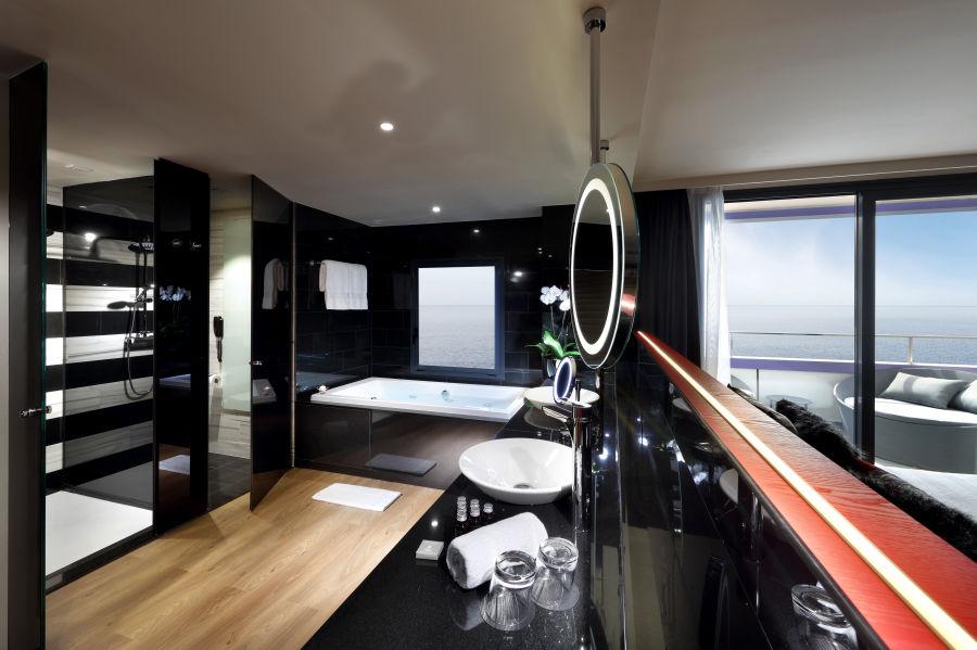Studio Suite Platinum Badezimmer