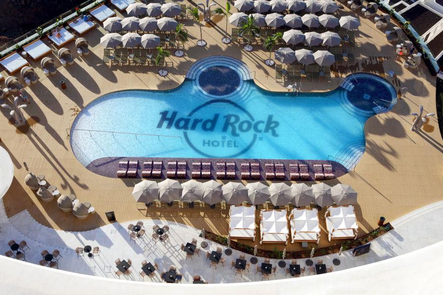 Hard Rock Pool