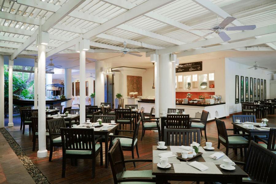 Issara Cafe