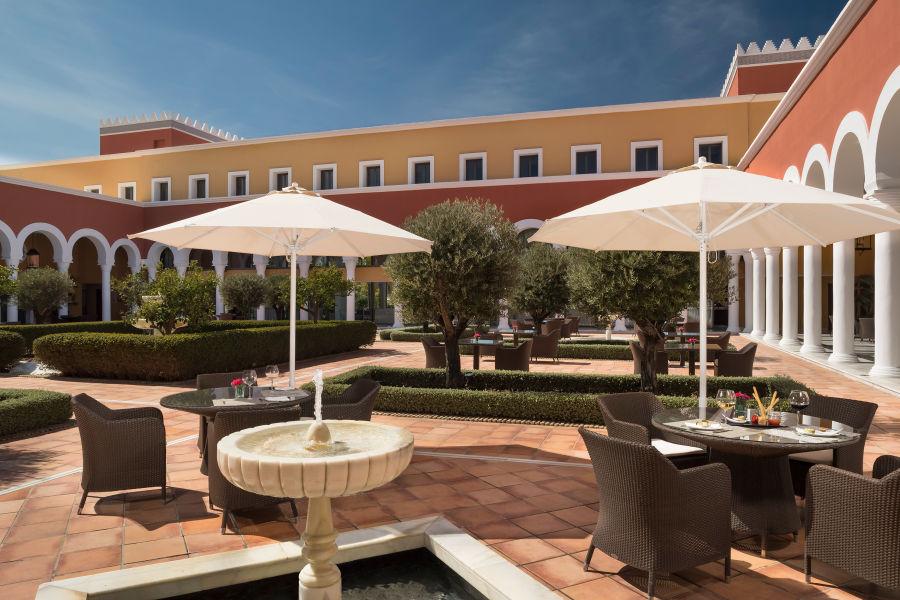 El Patio Restaurant Terrasse