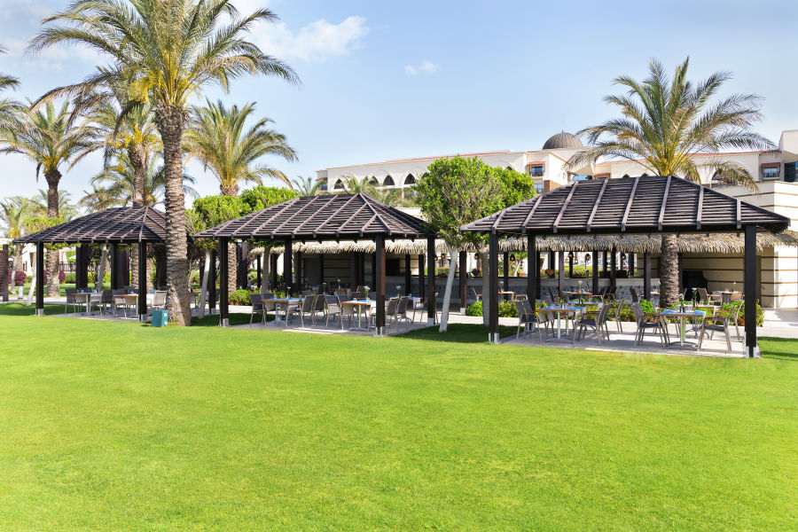 Palm Pavillon Bar & Grill