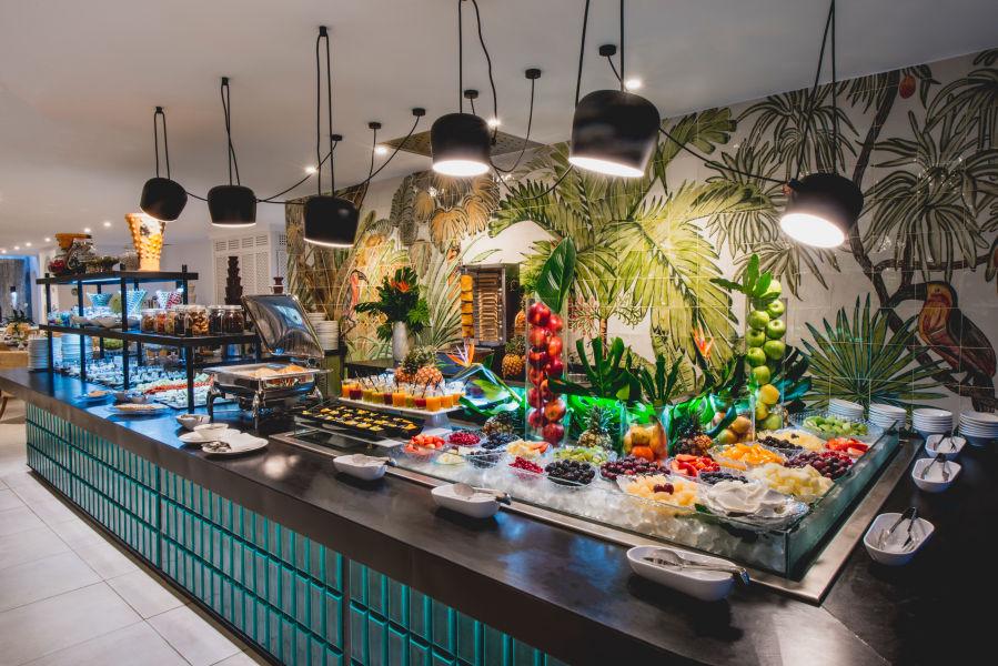 Restaurant Laguna Food Market